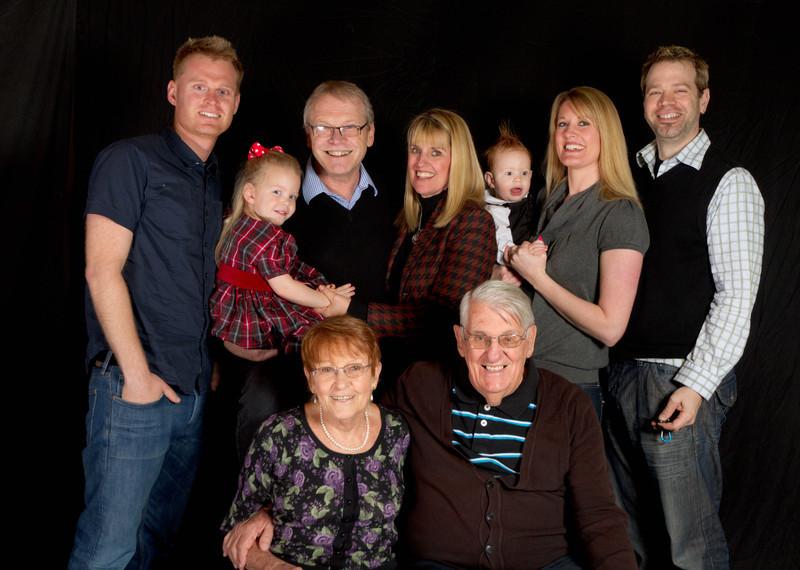 Paul, Carol, their children, grandchildren and parents